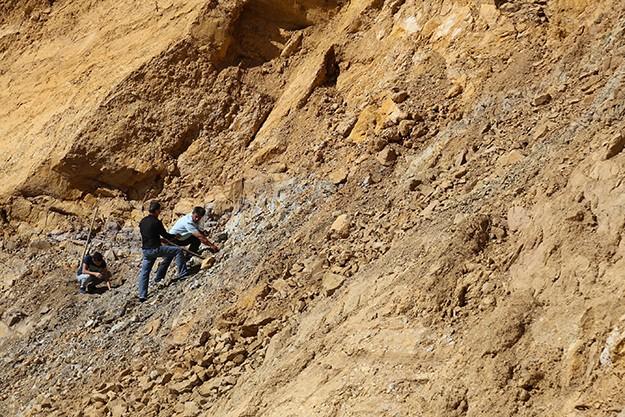 Aydıncık Köyü'nde 200 milyon metreküp doğal taş rezervi