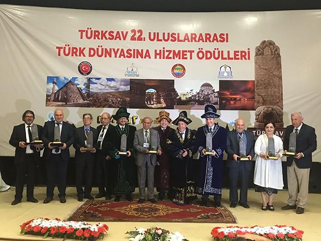 TÜRKSAV 22. Türk Dünyasına Hizmet Ödülleri verildi