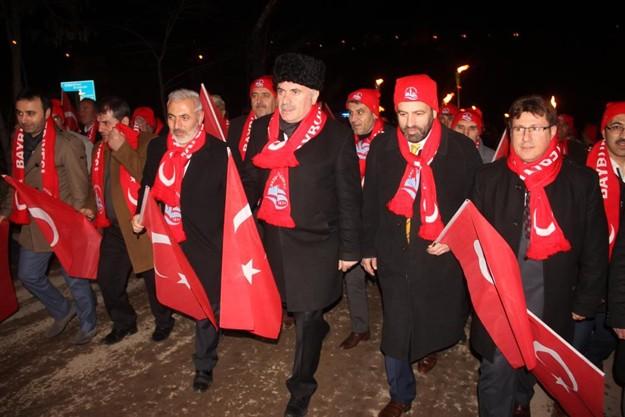 Bayburt'ta şehitlere saygı yürüyüşü