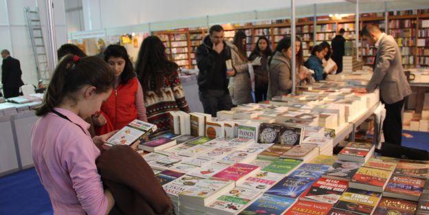 2014'ün ilk kitap fuarı Ankara'da açıldı