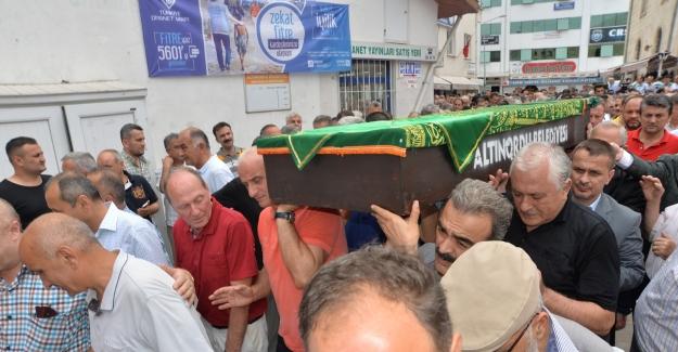 Kansere yenilen minik Selim, son yolculuğuna uğurlandı