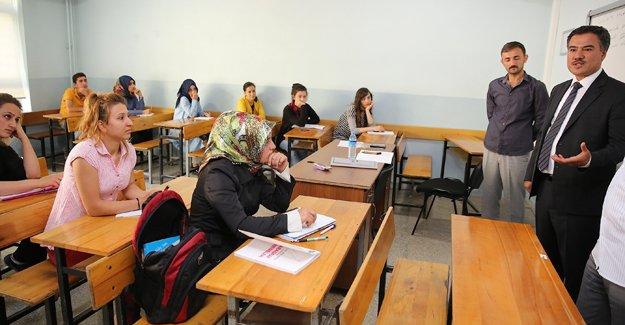 Bayburt'ta, destekleme ve yetiştirme kursları başladı