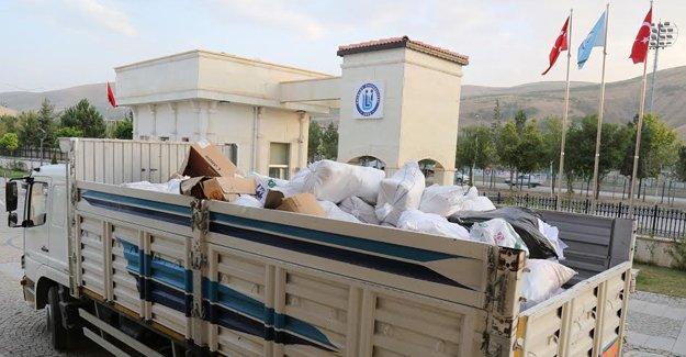 Bayburt Üniversitesi 'atık kağıt' topluyor