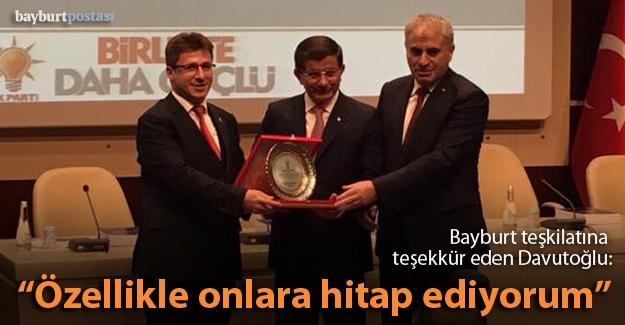 Davutoğlu'ndan Bayburt'a teşekkür plaketi