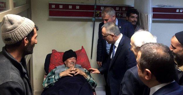 Bakan Ağbal'dan ilk ziyaret hastaneye