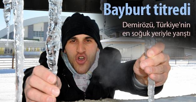 Bayburt'ta güne -25'le başladı