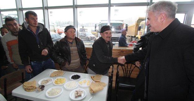 Başkan Memiş, fen işleri personeliyle bir araya geldi