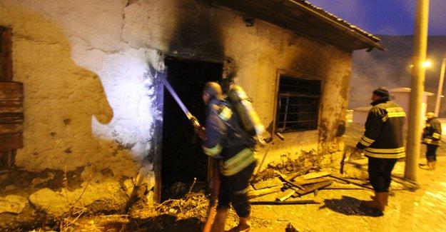 Karasakal'da yangın