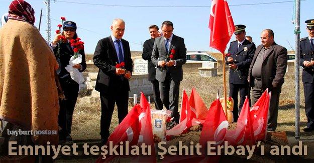 Şehit Erbay, kabri başında anıldı