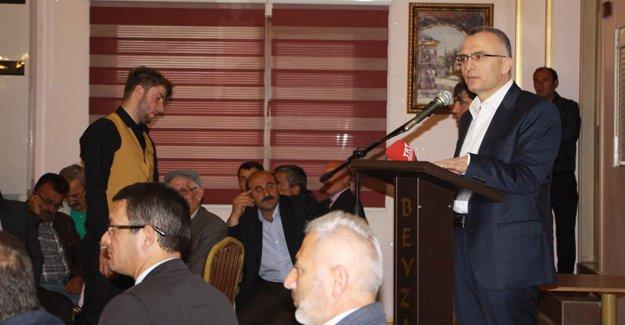 """Ağbal: """"Türkiye siyaseti ve ekonomisiyle dimdik ayakta"""""""