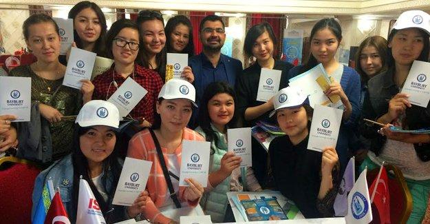 Bayburt Üniversitesi Kazakistan'da tanıtıldı