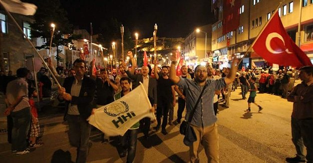 MÜS-DER'den 'Aydınlık Yeni Türkiye' yürüyüşü