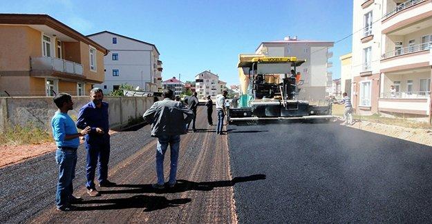 Bayburt'ta asfalt çalışmaları devam ediyor