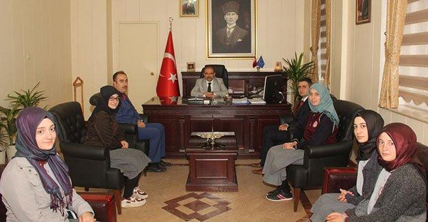 Öğrencilerden Vali Ustaoğlu'na ziyaret