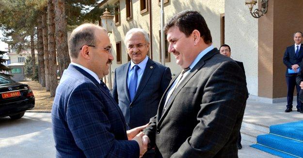 Vali Ustaoğlu Erzincan'da
