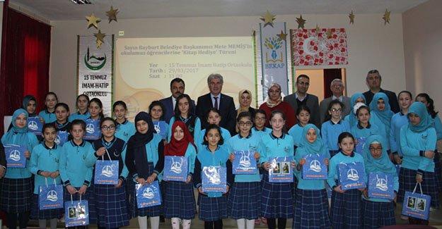 Başkan Memiş'ten 'Kütüphaneler Haftası' hediyesi