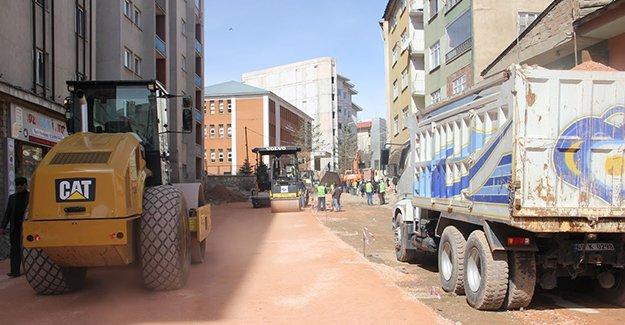 Bayburt Belediyesi asfalt çalışmasını sürdürüyor
