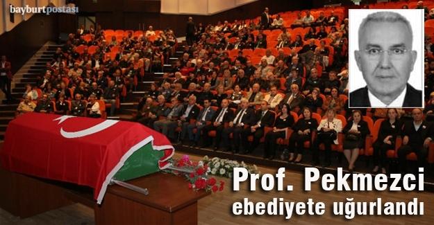 Prof. Pekmezci, Antalya'da son yolculuğuna uğurlandı