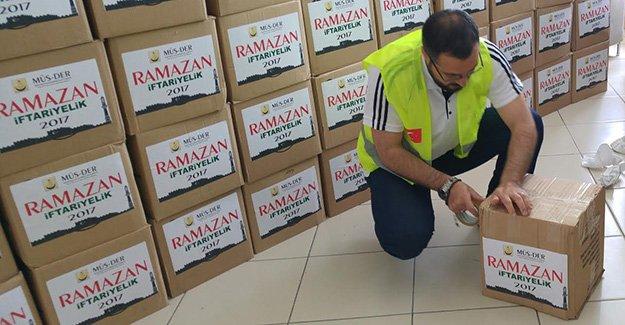 MÜS-DER'den Ramazan yardımları