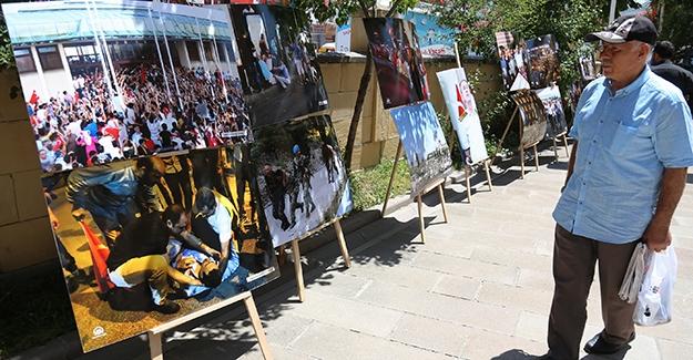 """Anadolu Ajansı fotoğraflarıyla 81 ilde """"15 Temmuz"""" sergisi"""