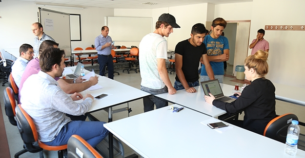 Bayburt Üniversitesi'nde kayıt heyecanı