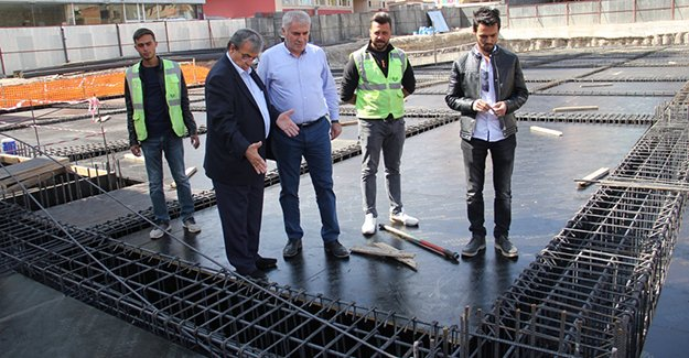 Başkan Memiş, otopark inşaatlarını inceledi