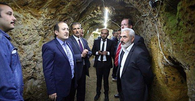 Vali Pehlivan, Yeraltı Şehri'ni gezdi