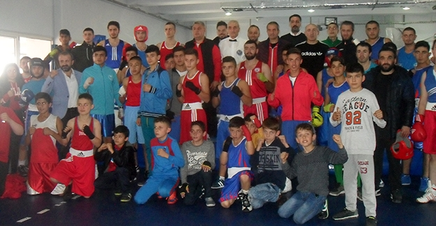'Tuğra Boks' Türkiye Şampiyonası'na hazır