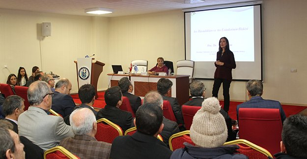 Üniversiteden 'Arı Ürünlerinde Kalite ve Hijyen' konferansı