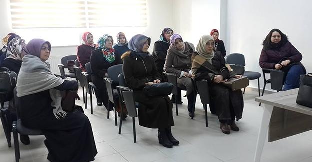 Aile Yaşam Merkezi'nde eğitim kursları başladı