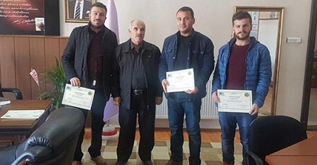30 kursiyere girişimcilik sertifikası