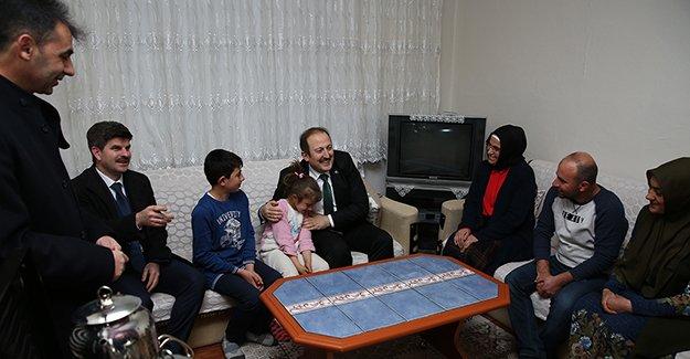 'Evimdesin Öğretmenim' projesi kapsamında ziyaretler