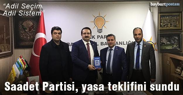 Saadet Partisi, yasa teklifini siyasi partilere sundu