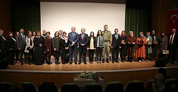 Bayburt'ta 'Kadınlar Günü' kutlaması