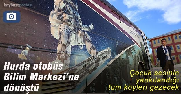 """Hurda otobüs, """"bilim merkezi""""ne dönüştü"""