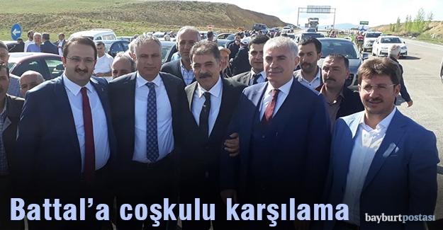 AK Parti, Fetani Battal'ı konvoylarla karşıladı