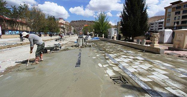 Cumhuriyet Caddesi tamamlanıyor