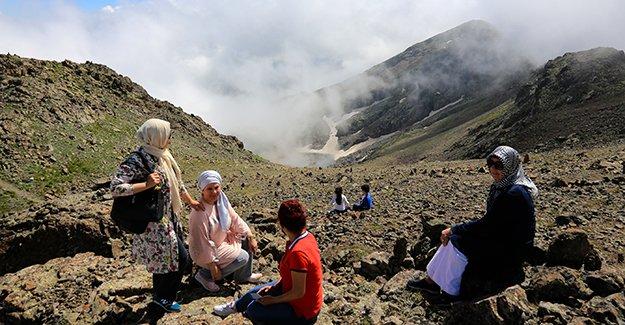 Soğanlı Dağları eşsiz güzelliğiyle ziyaretçilerini ağırlıyor
