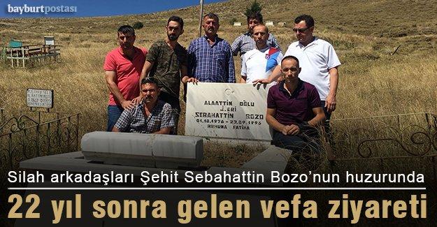 Silah arkadaşları 22 yıl sonra Şehit Sebahattin Bozo'nun huzurunda