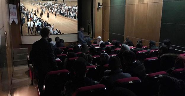 Misafir öğrenciler sinemada buluştu