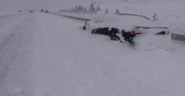 Karda mahsur kalan kişi kurtarıldı