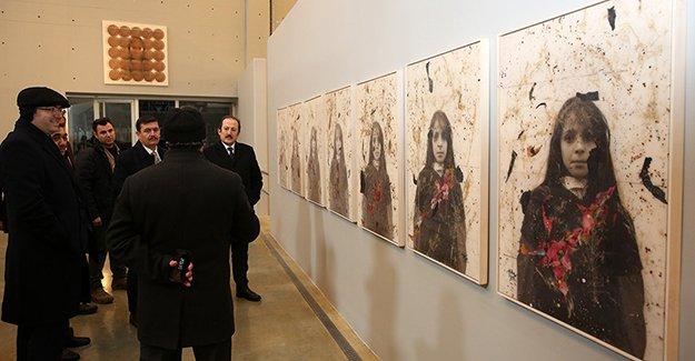 Üç ilin valisi Baksı Müzesi'ni gezdi