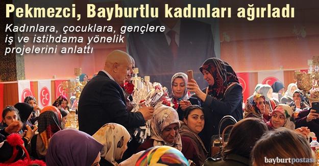 MHP adayı Hükmü Pekmezci, Bayburtlu kadınları ağırladı