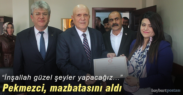 Başkan Pekmezci mazbatasını aldı