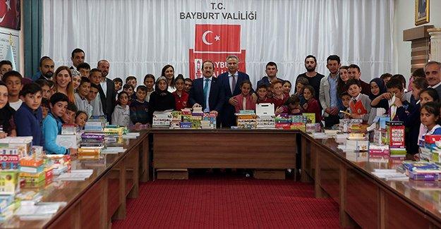 10 Köy Okuluna 3 Bin Kitap