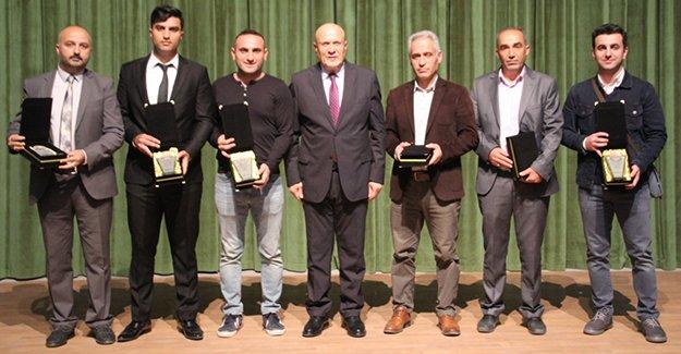 Bayburt'ta 24 Kasım Öğretmenler Günü Kutlandı