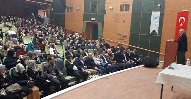 TÜGVA'dan 'İslami Kimlik' konulu konferans