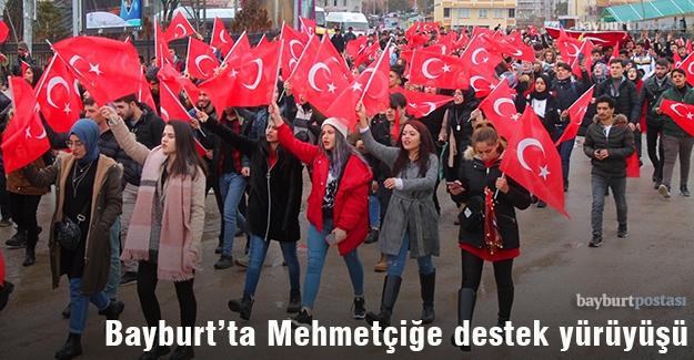 Bayburt'ta Mehmetçiğe destek yürüyüşü
