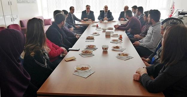 Başkan Pekmezci, öğretmenlere tecrübelerini anlattı