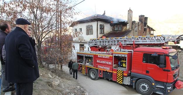 Uzungazi Mahallesi çıkan yangın söndürüldü